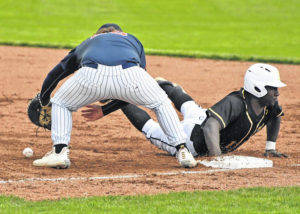 Baseball: Tigers knock off Knights, 7-3