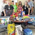 Hospital helps animals with pet drive