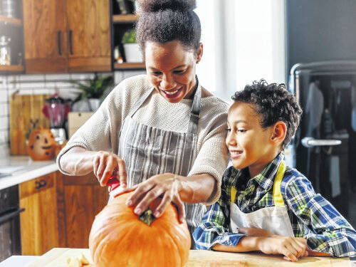 Once you've chosen the pumpkin, it's important to know how to hold it, to avoid injury when carving. Because pumpkins are round, tough, and slippery, carving them can sometimes result in slice, puncture, cut, or stab wounds to hands and fingers, which could result in a quick trip to the hospital, according to the American Society for Surgery of the Hand (ASSH).