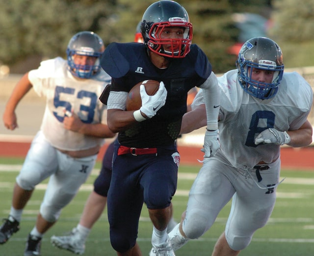 Mike Ullery | Daily Call Elijah Hudson, 3, breaks free for a big gain for the Indians.
