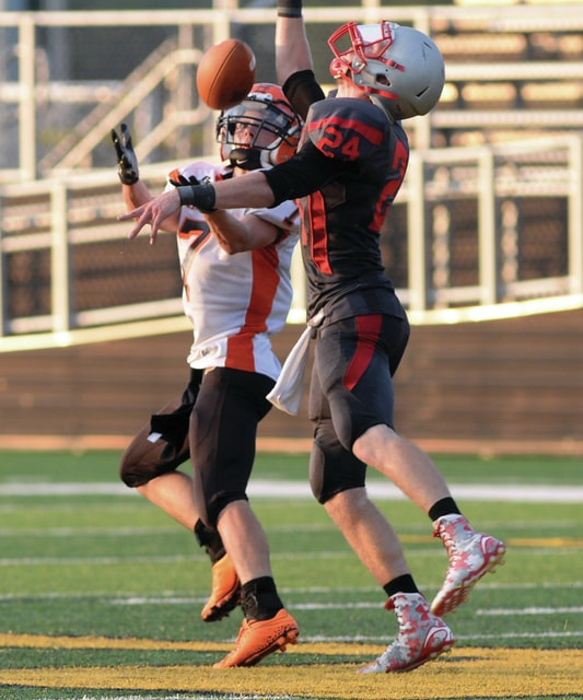 Mike Ullery   Daily Call Bradford's Tyler Gunter, 7, looks to haul in a pass.