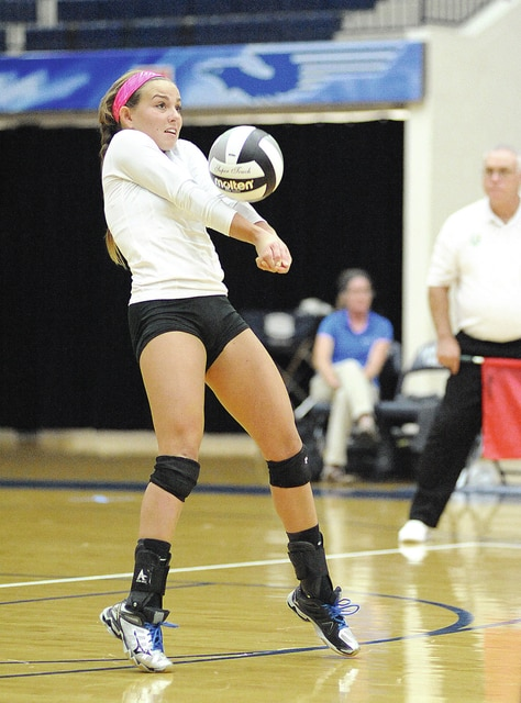 Anthony Weber/Civitas Photo Lindsey Black passes the ball against Anna Wednesday.
