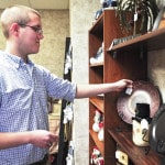 Edison student opens Troy gift shop