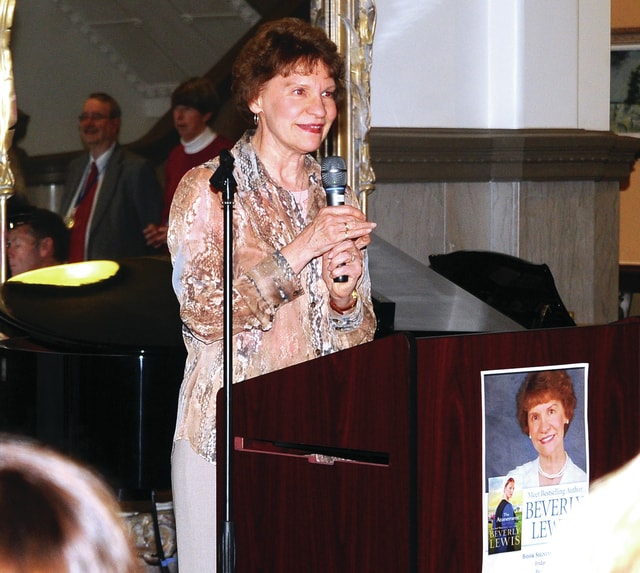 Mike Ullery | Daily Call Best-selling author Beverly Lewis speaks to a large crowd that gathered at the Piqua Public Libary on Friday evening for Lewis' book signing and discussion.
