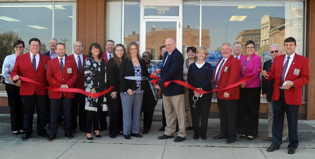 The Piqua Area Chamber of Commerce along with officials from the City of Piqua were on hand at the new downtown location of the <em>Piqua Daily Call</em> on Thursday morning to hold a ribbon-cutting at Call's new office, located at 101 East High Street. The <em>Piqua Daily Call</em> has been published since 1883 and looks to continue its long-standing Commitment to Community. Office hours at the new location are 9 a.m. - 3 p.m., Monday through Friday.