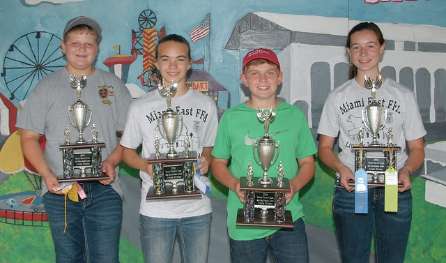 Left to right, Dustin Winner, Libby Carpenter, Isaac Beal, Kateltnn Wallace from Miami East FFA Jr. Team won First Place Junior Team in the General Livestock Judging Contest.