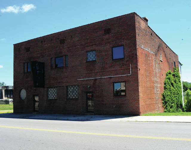 Mike Ullery | Daily Call The city of Piqua was selected to receive a $200,000 Brownfields Cleanup Grant to remove asbestos and lead-based paint from the former Mo's Lounge building located at 111 S. Main St.