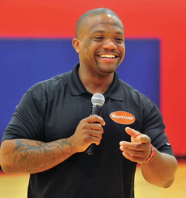 Mike Ullery | Daily Call Former Ohio State football standout Maurice Clarett speaks with students at Piqua Central Intermediate School on Thursday morning.