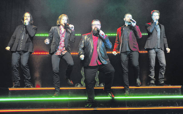 Mike Ullery   Daily Call Home Free performs in front of a sell-out crowd at Hobart Arena on Friday.