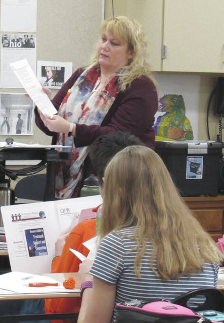 Director of Prevention and Education Beth Adkins at the Tri-County Board discussing different mental health resources with the Tippecanoe High School Hope Squad.