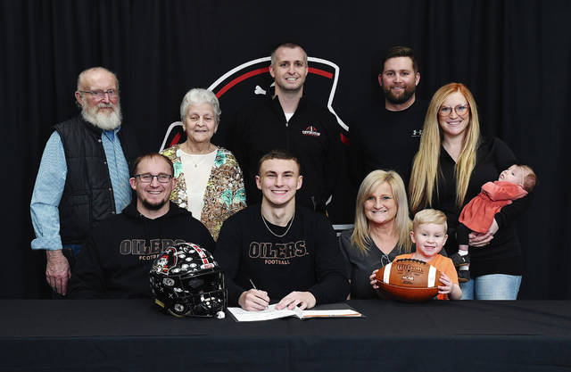 Ben Robinson|GoBuccs.com Covington High School senior Andrew Cates signed his letter of intent to play football for Findlay University.