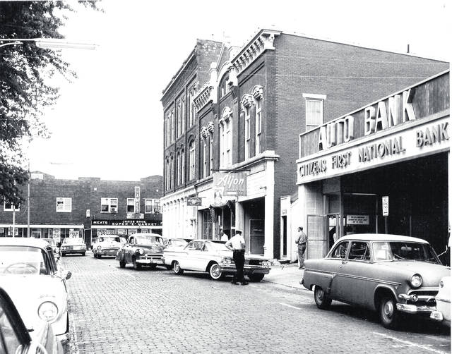Courtesy of Greene County Historical Society Citizens First National Bank had a drive-through on Greene Street, circa 1950s-1960s.
