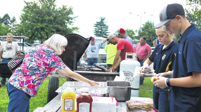 Barb Slone | Greene County News Greene County FFA grills up from fun during their annual cookout.