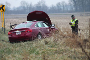 UPDATED: Drivers injured after 2-vehicle collision in Cedarville