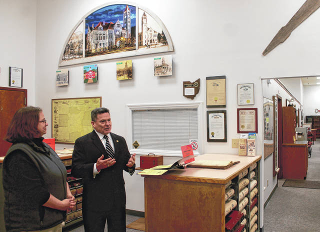 Anna Bolton | Greene County News State Rep. Rick Perales presents a proclamation to Greene County Archivist Robin Heise Jan. 25 at Greene County Archives on Ledbetter Road.