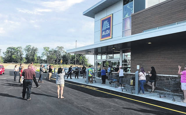 Photos courtesy City of Xenia ALDI cut the ribbon on its new location on Hospitality Drive, near the East Main Street-Progress Drive intersection Wednesday morning.