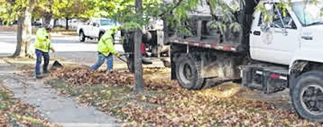 Photo courtesy City of Xenia Crews will be collecting leaves in November and December.