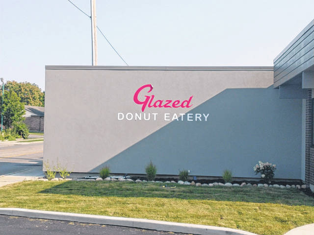 Photos by Darryl McGee | Greene County News Glazed Donut Eatery recently opened on North Detroit Street.