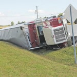 No injuries in tractor trailer crash