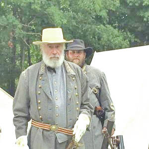 "Shown is a scene from the science fiction movie ""From Gettysburg to Baghdad,"" which will premier Saturday in Wilmington."