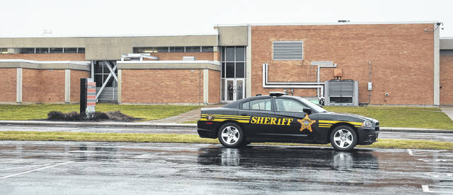 "Clinton County Sheriff's deputies responded to the Laurel Oaks Career Campus Wednesday morning after receiving a report of a ""vague, anonymous threat"" written on a note."