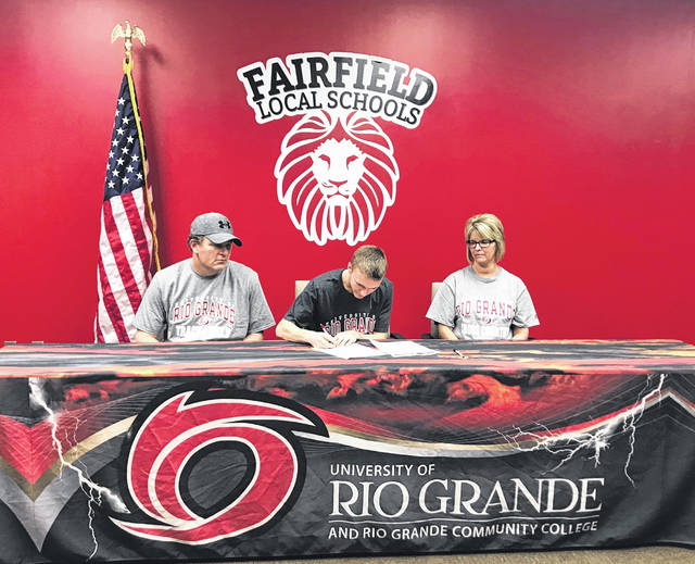 Fairfield senior Austin Setty signed his letter of intent with the University of Rio Grande. Austin will be running Cross Country and track and field at Rio Grande. Austin has participated in cross country, basketball and baseball all four years in high school. Austin currently has a 3.4 GPA at Fairfield. Pictured (l-r): Shane Setty (father), Austin and Stacey Setty (mother).