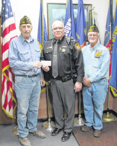 VFW post presents sheriff with check for $1,000