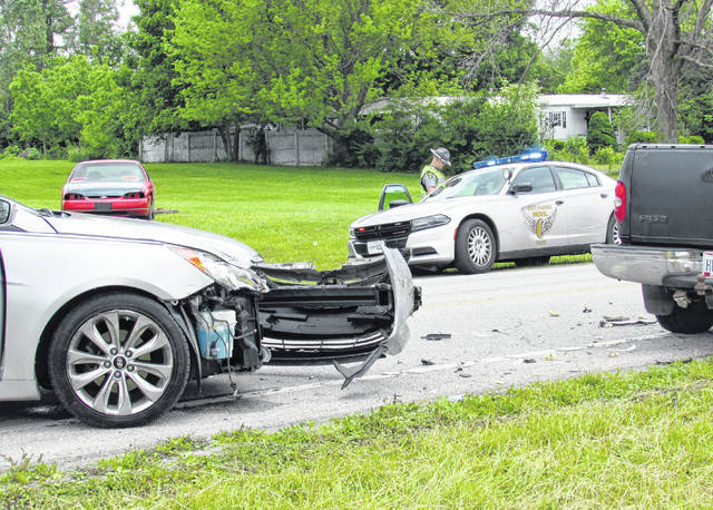 A car and truck collision Friday afternoon at at the intersection of North Shore Drive and North Beach Road caused serious damage to both vehicles, but only a minor injury to a child in the truck.