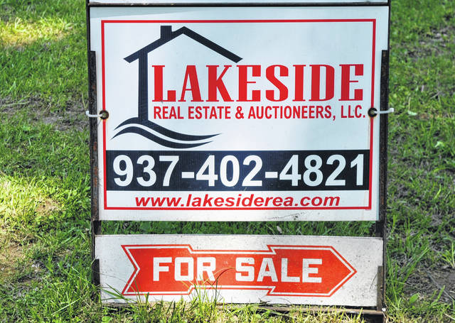 "A familiar sight are the many ""for sale"" signs that are dotting Highland County properties. Scott Rooks, broker and co-owner of Lakeside Real Estate & Auctioneers, told The Times-Gazette he recently had a pair of properties that were sold even before they were listed."