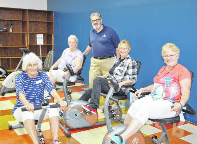 Dan Pearce with the Hillsboro Elks is pictured with Highland County Senior Citizens Center members, from left, Sara Burnett, Juanita Kelley, Pearce, Ruth Crabtree and Sue Thornhill.