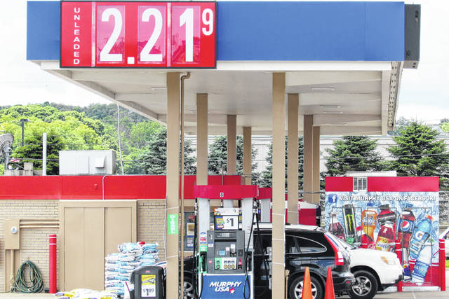 With gas prices on the rise, the lowest price in Hillsboro as of Thursday afternoon could be found at Murphy Oil/Walmart on Harry Sauner Road. On average, prices in the city hovered around $2.22 per gallon.