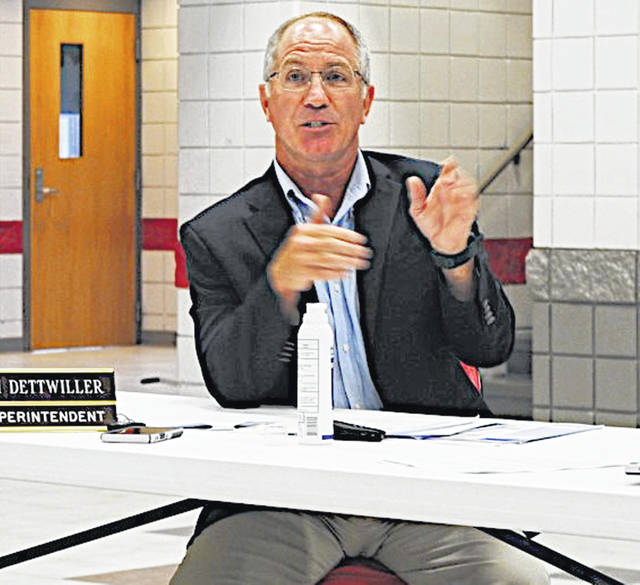 Fairfield Superintendent Tim Dettwiller speaks at Monday's board of education meeting.