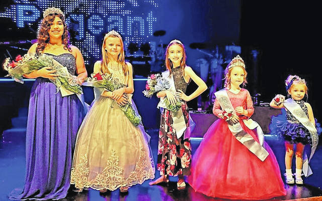 Shown (l-r) are the winners of the 2020 Snowflake Pageant that was held Nov. 21 at Good News Gathering in Hillsboro under the auspices of the Hillsboro Uptown Business Association and the city of Hillsboro. Madisyn Hollen, 15, Hillsboro, was crowned the Snowflake Queen; Paiton Pullin, 11, Hillsboro was the Snowflake Princess; Alaina Best, 9, Hillsboro, was Miss Snowflake; Evelyn (Eve) Gadwa, 5, Lynchburg was the Little Snowflake and Hallie Seip, 3, Hillsboro, was the Tiny Snowflake.