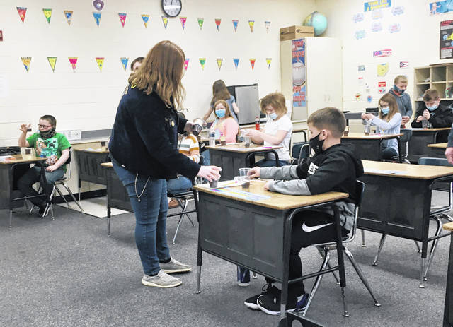 The McClain FFA Officer Team recently went over to the Greenfield Elementary School to demonstrate and complete a fun activity about soil profiles with the kids. They presented about what soil profiles are and what different materials make it up. After that the kids were encouraged to participate in the team's Dirt N' Worms activity which demonstrated a soil profile in a fun and tasty way. The officer team had a lot of fun and would like to thank the staff at Greenfield Elementary as well as Mr. Bruney for allowing us to come over and visit.