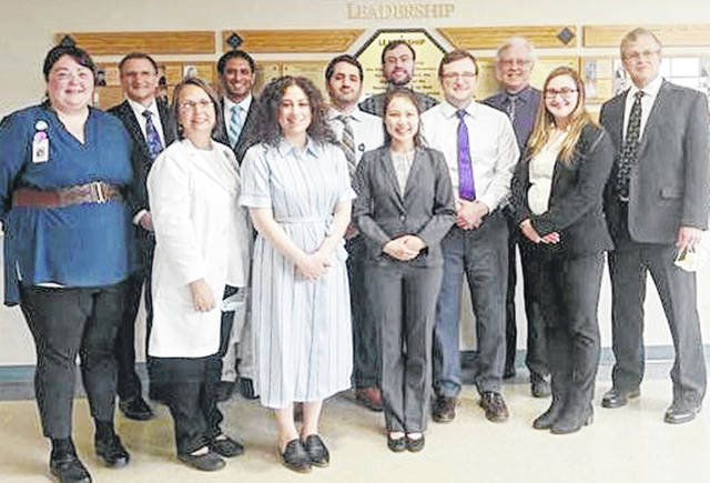 Members of the Highland District Hospital medical staff and leadership team recently welcomed on campus first-, second- and third-year physician learners and administration from The Wright Center. The physician learners will begin their inpatient residency rotation in July 2021 at the hospital in Hillsboro.