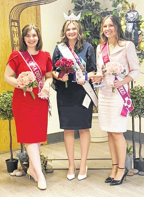 """Hillsboro resident Sara Newsome represented the Highland County Jr. Fair and District 4 at the Ohio Fair's Queens Contest on May 22 where she was awarded first runner-up. """"Be present in the moment and remember that while you're competing for an amazing opportunity, you're also meeting so many new people and learning about other fairs,"""" Newsome said. """"At the end of the day you're going to walk away as queens, and your county is proud of everything you've accomplished."""" Pictured (l-r) are Newsome, 2021 Ohio Fair Queen Mozie VonRaaij and second runner-up Natalie Snyder."""