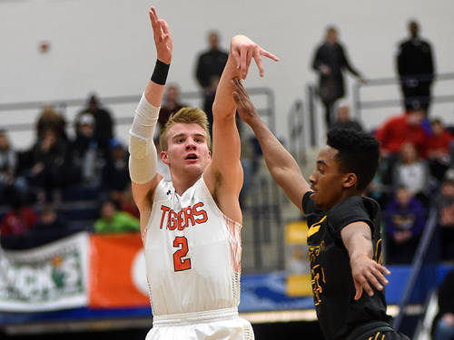 Versailles senior Justin Ahrens will play in the Ohio-Kentucky All-Star Basketball Game on Saturday at Thomas More College in Crestview Hills, Kentucky.