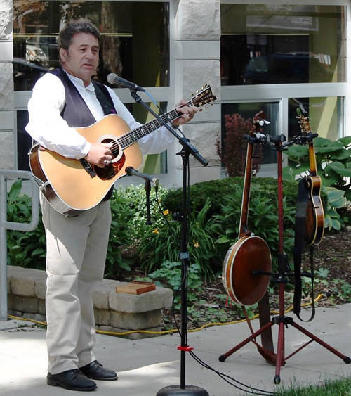 Joseph Helfrich will perform on Wednesday at the Greenville Public Library.