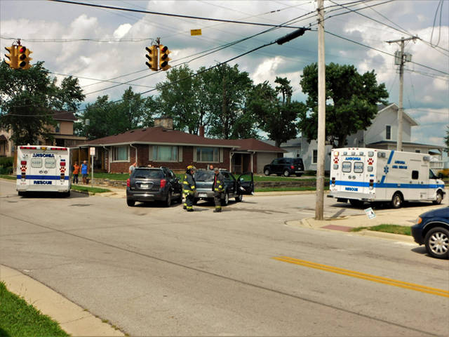 Six people were injured when a vehicle failed to stop at a red light in Rossburg, according to deputies from the Darke County Sheriff's Department.