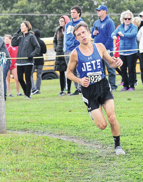 Franklin-Monroe's Cole Good placed seventh in the Division III boys district race on Saturday to advance to next week's regional meet in Troy.