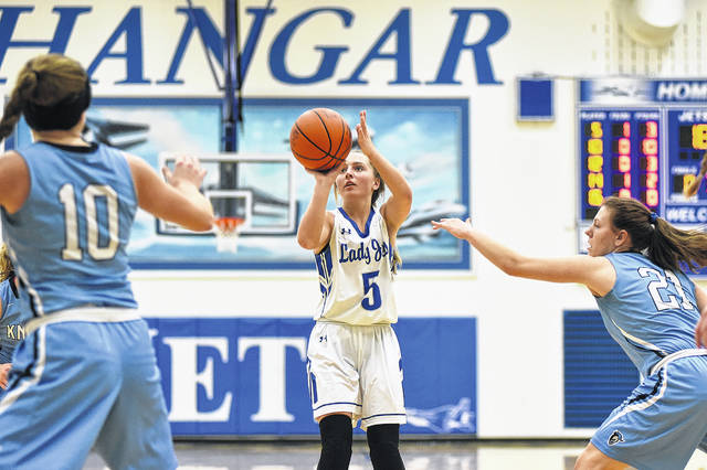 Franklin-Monroe's Belle Cable takes a shot from near the top of the key during the Lady Jets home game with Legacy Christian on Tuesday night. The Knights handed FM its first loss of the season, 40-31.