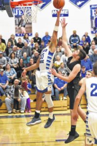Late run helps Jets pull away from Buccs, 80-50