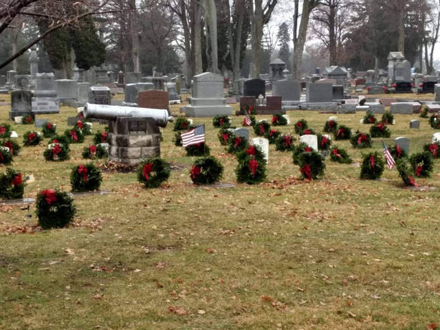 Fort GreeneVille Daughters of the American Revolution hosted Wreaths Across America for the first time at the Greenville Union Cemetery.