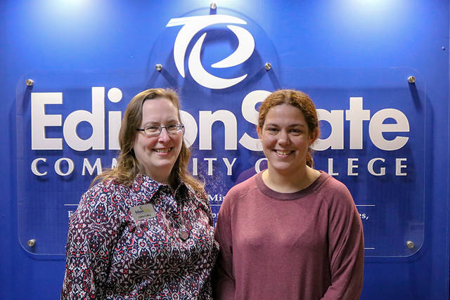 Loleta Collins (left) and Carin Benning (right) were named 2018 fall employees of the semester at Edison State Community College.