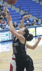 Lady Wave fall to Chieftains in D-II sectional