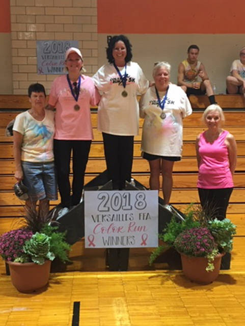 The participants in the breast cancer survivor division included (l-r) Marilyn Dirksen, Linda Rhoades Kathy Magoto, Penny Cromwell and Pat Benanzer.