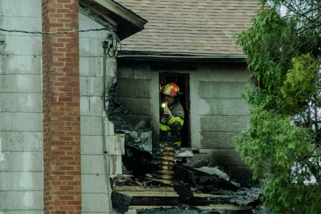 A 78-year-old Gettysburg man was able to escape his burning home safely thanks to help from his neighbor.