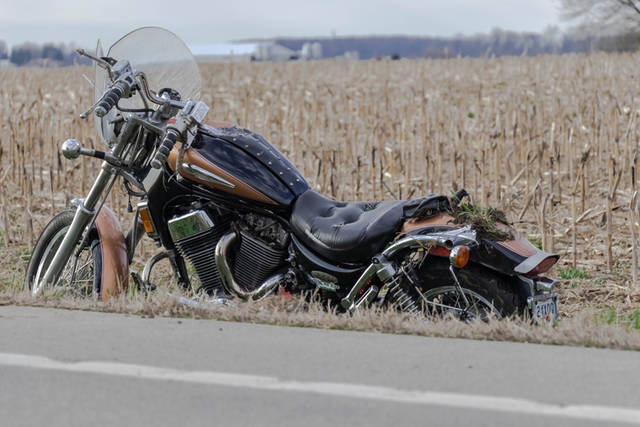 A black and brown Suzuki Intruder 1400 was traveling westbound on State Route 47 when the rider failed to negotiate a curve and ran off the right side of the roadway.