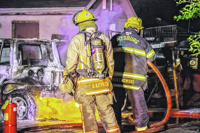 A Jeep Grand Cherokee was destroyed in an early morning fire.