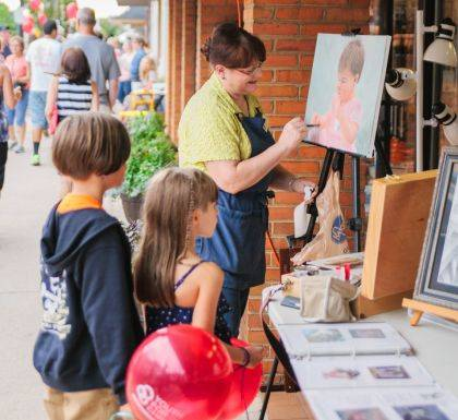 The Artisan Stroll brings dozens of artists to downtown Greenville each year to display their talents and sell their work. Main Street Greenville is also pleased to announce the return of the art contest during this year's event.